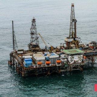 Gunashli Offshore Platform Fire (16).jpg