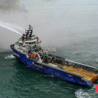 Gunashli Offshore Platform Fire (5).jpg