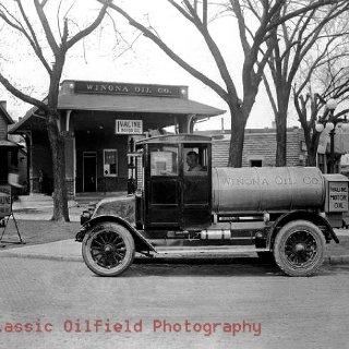 Winona Oil Company.jpg