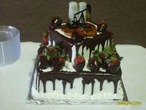 Gusher Oilfield Cake (3).jpg