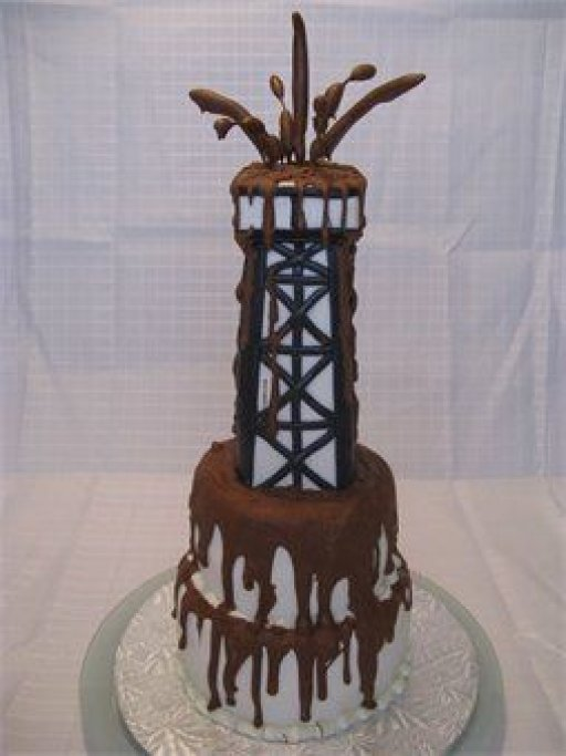 Gusher Oilfield Cake.jpg