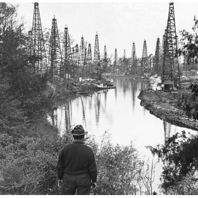 Goose Creek Oilfield Circa 1905
