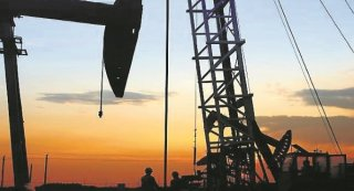 Asbestos-related cancer death of a former oil rig worker sparks concerns