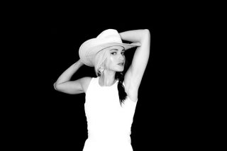 Singer and songwriter Bri Bagwell will perform at Artesias Red Dirt Black Gold Festival