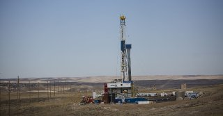 A drilling rig for Wold Energy Partners operates outside of Rolling Hills on Oct. 4. Bank of the West recently announced it will no longer do business with fossil fuel developers.