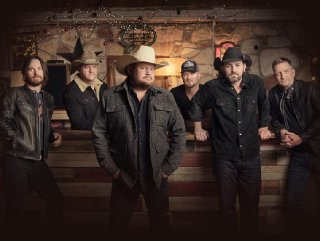 The Randy Rogers Band and The Hamiltons will deliver a fantastic evening of entertainment at the Second Annual Black Gold Bash benefit concert. The Randy Rogers Band hails from San Marcos and is popular nationwide but particularly in Texas.