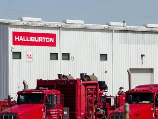 Oil production equipment is seen in a Halliburton yard in Williston, North Dakota April 30, 2016. REUTERS/Andrew Cullen