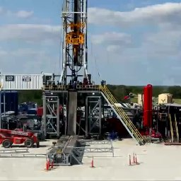 Timelapse of Drilling & Fracking A Well