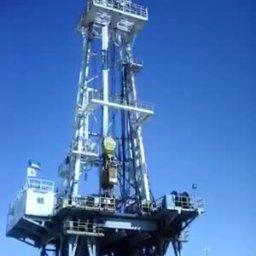Desert Drilling Rig Moves